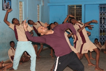 vikram mohan_contemparary dance with CWSN hostel
